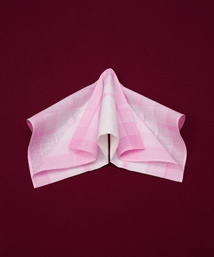 'Dameszakdoek/ Ladies handkerchief'
